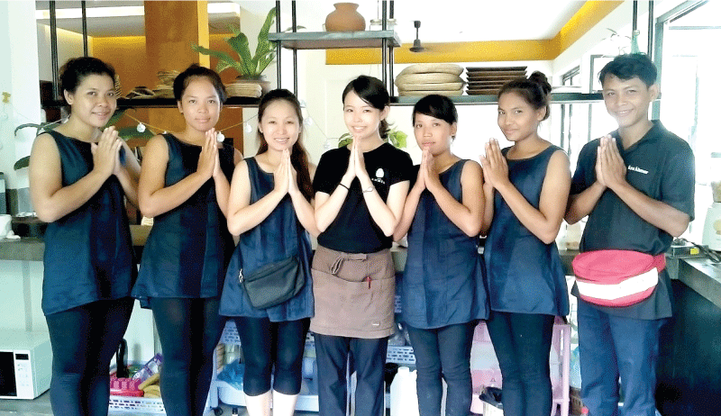 伝統医療×現代美容のスパで、カンボジアの良さを発信するインターン!