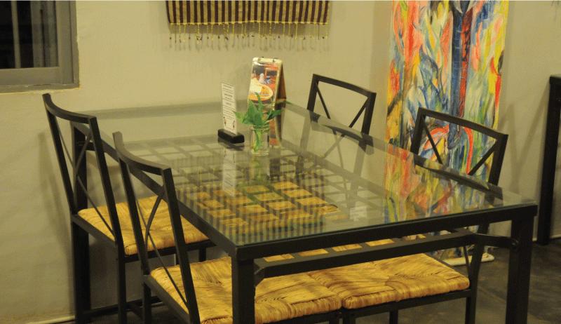 テーブルが広い-ノマドにJoe to Goをおすすめする10の理由
