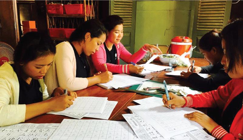 教育支援からソーシャルビジネスへ カンボジアインターンを決めた2つの理由 - 教育支援からソーシャルビジネスへ。ボランティアをしていた私がカンボジアインターンに挑戦した2つの理由