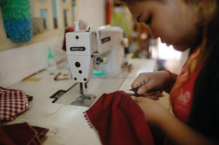 カンボジア人女性に職を提供するソーシャル・エンタープライズ「Khmer Creations」