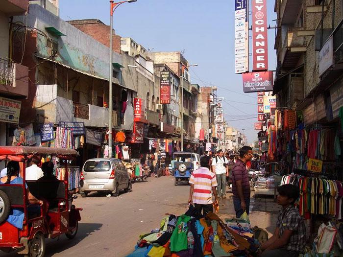Met Japanese inhabitants working in India